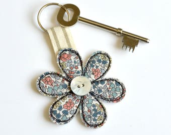 Liberty fabric flower keyring, Flower key ring, Flower key fob, Flower keyring, Flower key chain, Flower key-ring, Flower keychain