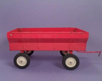 Vintage Toy Tractor Wagon by Ertl, Red Die Cast Metal International Grain Box Farm Equipment