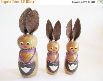 SPRING SALE - German Vintage Easter Wooden Bunnies with Lederhosen, Made in the DDR Erzgebirge in the 70s