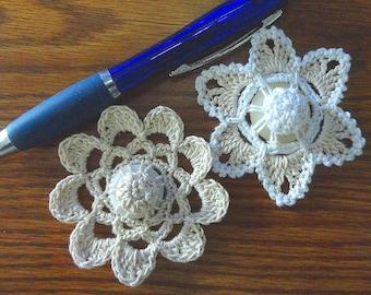 Button flowers #bf07 lot of 2 crochet appliques bouquet decoration adornment embellishment motifs wedding birthday