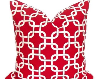 RED PILLOW.18x18 inch. Red Pillow Cover. Decorative Pillow.Pillow Cover.Housewares.Home Decor.Red White Chainlink.Red Cushion.Christmas