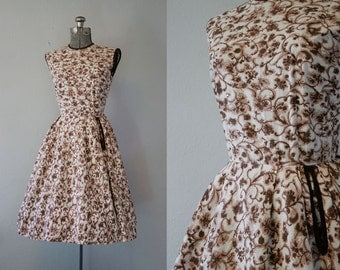 1950's Autumnal Brown Cotton Dress / Size Small Medium