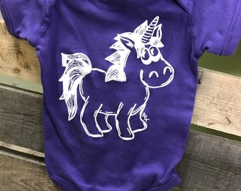 Unicorn onesie, Infant Unicorn Bodysuit, Unicorn T-shirt, baby shirts, Baby Gifts, Baby Shower, Unicorn, Princess, Magical