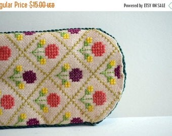 SALE Vintage Spectacle Glasses Sunglasses Case Embroidery