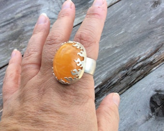 Aragonite and silver flame ring