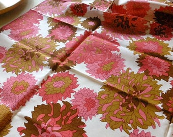 Vintage Tablecloth Groovy 1970's Pink Mod Flower Design 52 by 52""