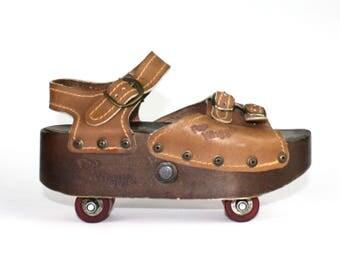 Platform Sandals - Roller Skates Pop Wheels 1970s 70s Roller Blade Summer Shoe Size 7 Womens Charlie's Angels Vintage Shoes Pop-Out Hippie