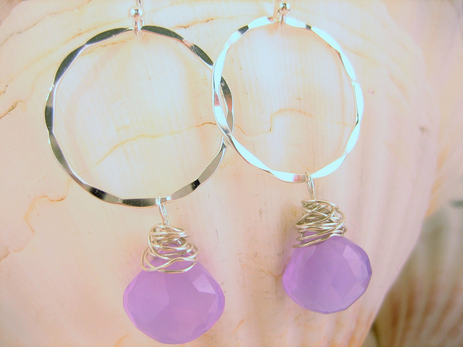 Purple chalcedony hammered silver earrings, small dangle open circle with purple - lavender stone, handmade hammered earrings, gift for her