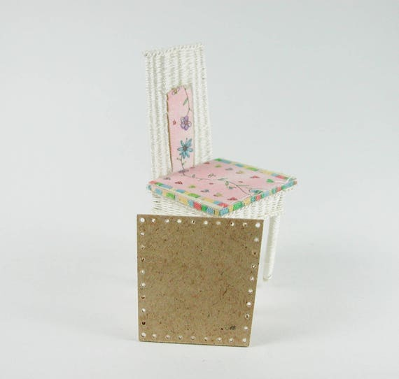 Chair, floor to the wickern, weave baskets, to the craft for the Doll House, dollhouse miniatures, modelling