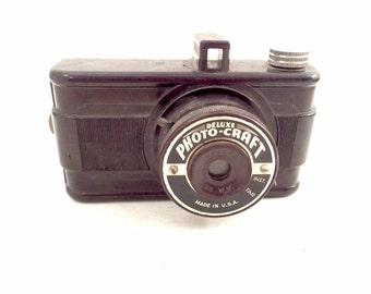 Deluxe Photo Craft Film Camera, 1950s