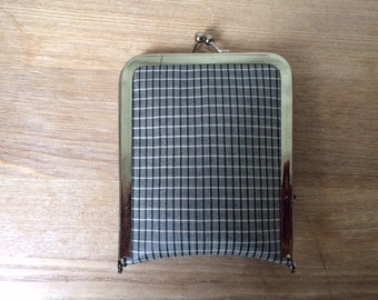 RARE!  Vintage Coin Purse that Folds Out into a Tote Bag