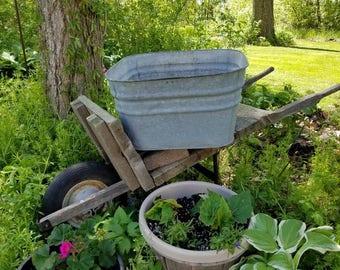 Antique Galvanized metal tub Square Metal Wash Tub Planter Basket Farmhouse