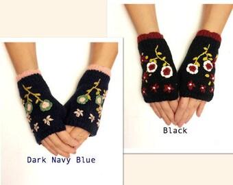 Crochet fingerless gloves, crochet womens gloves, crochet arm warmers, knit flower fingerless gloves hand warmer fingerless mittens