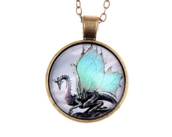 Necklace green Dragon 2525C