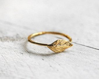 LEAF ring with leaf | gold