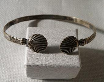 Jamaican Sterling Silver Chased and Shell Bangle - marked Sterling