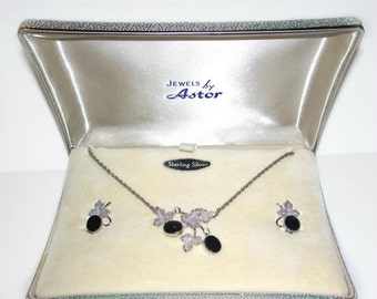 Vintage Star-Art Sterling Onyx Necklace Earrings Screw on Set Demi Parure