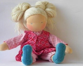 E-course waldorf doll making