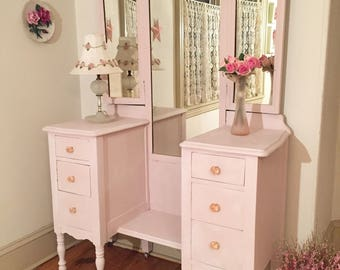 Forever Pink - Pretty-in-Pink Vanity with Tri-fold Mirror