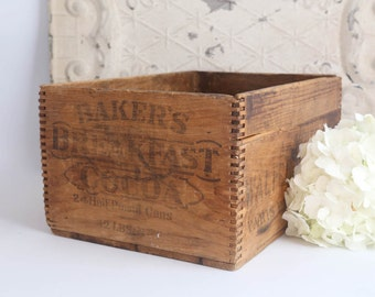 Vintage Wood Box, Antique Dovetailed Box, Vintage Wood Crate, Rustic Home Decor, Farmhouse Decor, Rustic Primitive Box, Advertising Box
