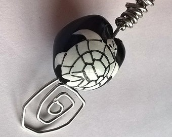 Abstract OOAK Aluminum Wire Pendant: Kukui Nut with Turtle Image