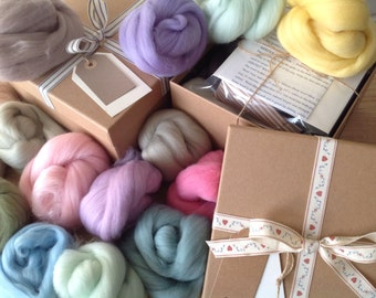 GIFT BOX, Felting Kit, PASTEL Colours, Needle-Felting Kit, Wools, Tools and Instructions, Great gift for a crafty person,