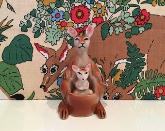Vintage Kangaroo and Joey Salt and Pepper Pots Shakers Cruet Set Australia