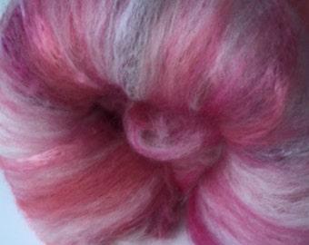 Carded Fibre  Batt for Spinning and Felting/Art Batt/Spinning Fibre Pink and White