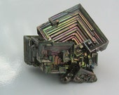 Einzigartige Geschenk Idee Bismut Kristall Mineral Probe Crystal Collection Felsen Mineralien Rock Kollektion Display Home Decor Büro Dekor
