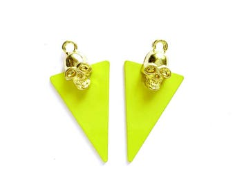 2 Gold Skull Electric Green Triangle Charms - 21-59-11