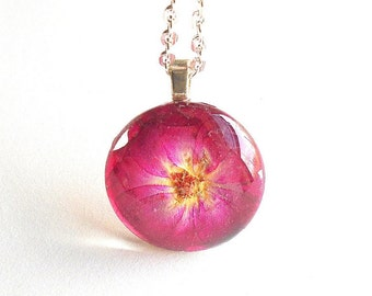 Real Red Rose Pressed Flower Round Resin Glass Pendant Necklace