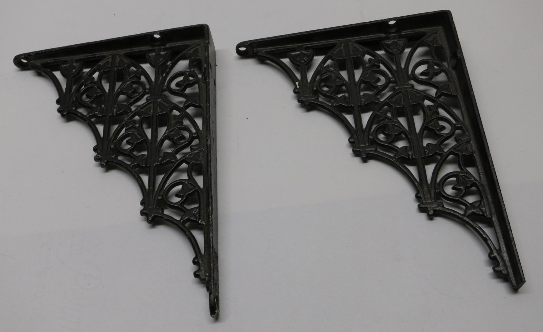 Vintage Cast Iron Painted Shelf Brackets Victorian Shelf