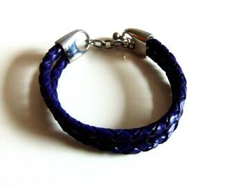 Double Indigo Leather Clasp Bracelet