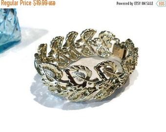 leaf bracelet. gold bracelet. 7 inch bracelet. vintage bracelet. wide bracelet. Coro jewelry. Coro bracelet. foliage bracelet.
