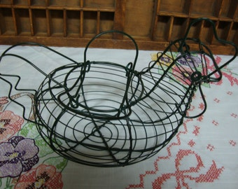 Wire Chicken Egg Basket