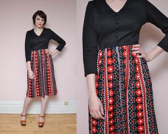 70s Daisy Printed Dress L Black Red Psychedelic Hippie Boho Button Up Dress V Neck Empire Waist Long Sleeve Work Dress Midi Dress