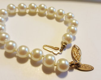 Vintage Sarah Coventry Faux Pearl Bracelet