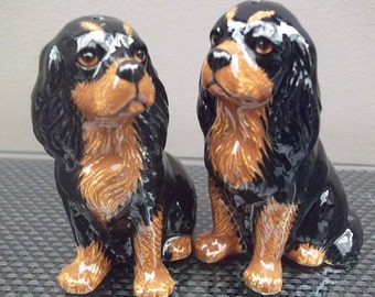Cavalier King Charles Spaniel Salt and Pepper Pots Black and Tan Cavalier Cruet Set