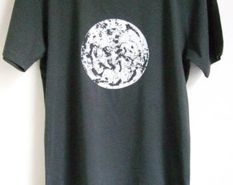 Polar circle Mens organic cotton dark grey slim fit T shirt  climate change print size large