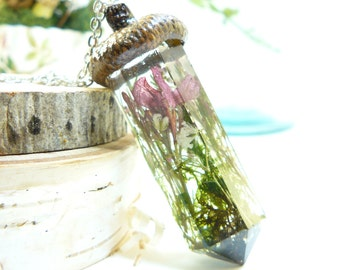 LARGE, Resin Crystal Pendant, Real Acorn Jewelry, Flora Necklace, Moss Necklace, Green Witch, Terrarium Necklace, Fairy Festival