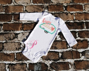 Take Home Outfit, Baby Girl or Boy Onesie, Newborn Onesie, Happy Camper Bodysuit, Newborn Baby Clothes, Embroidery