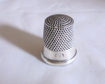Sterling Silver Thmble by Simons Bros Co.
