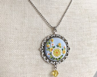 Pendant necklace yellow flowers - Clay Art NL201702