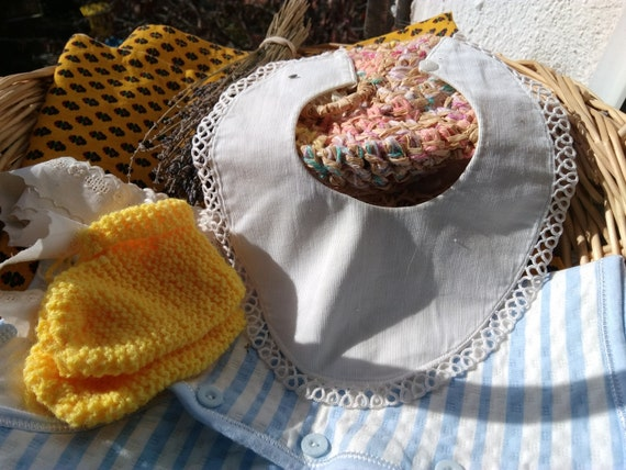 Victorian Baby Bib White French Ribbed Cotton Lace Trim and Lined Glass Button Antique Baby Clothing #sophieladydeparis