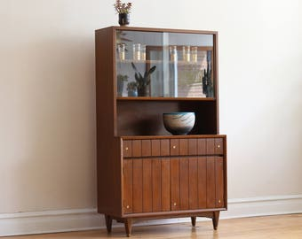 Mid Century Modern Kroehler Dining Cabinet