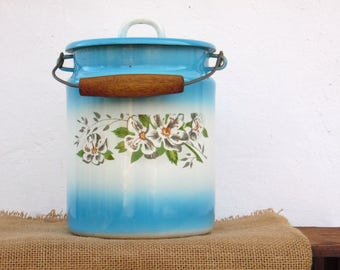Vintage Blue and White Enamel Milk Can - Country Cottage Chic - Farmhouse Decor