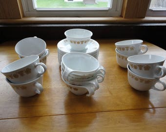 Corelle Livingware By Corning Tea Cups And Saucers Butterfly Pattern 34 Pieces