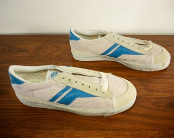 New Old Stock Vintage Keds White Leather Low Top Basketball Men's Shoes Sneakers Kicks Made in Taiwan Size 7.5