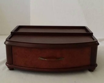 Frontage  Brown  Wooden  Jewelry  Box  16 X 10 X 6