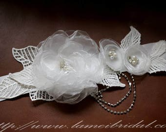 Simple Design Beautiful Hand Cut Flower Wedding Sash, Ivory white Flower Bridal Belt with lace leaf and Rhinestones tassel